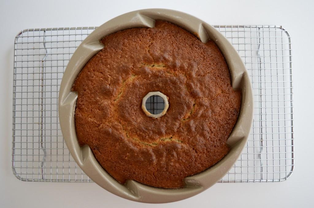Bund Cake al limone, zenzero e pepe bianco