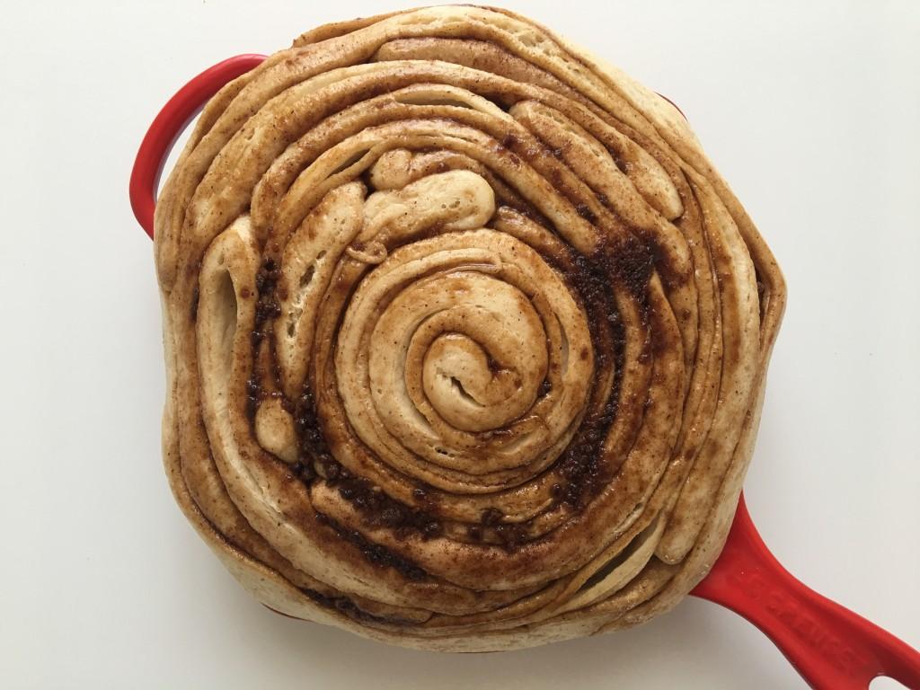 Cinnamon Roll Gigante