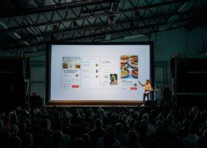 Live audience presentation