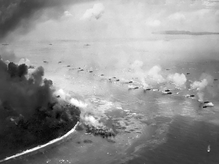 First wave of LVTs moves toward the invasion beaches in Battle of Peleliu