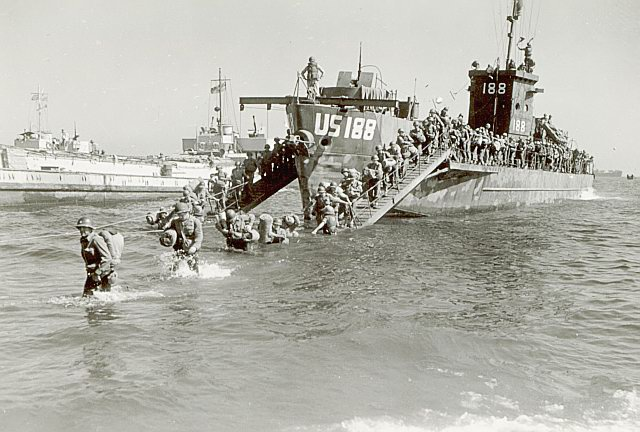 3rd Infantry Division disembarking on 15 August 1944