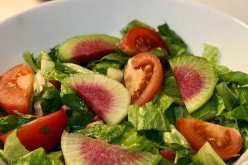 Turplu Yeşil Salata