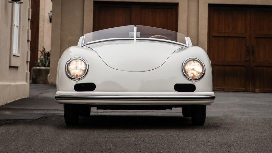 1953-Porsche-356-America-Speedster-11
