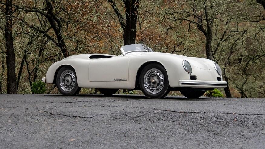 1953-Porsche-356-America-Speedster-16