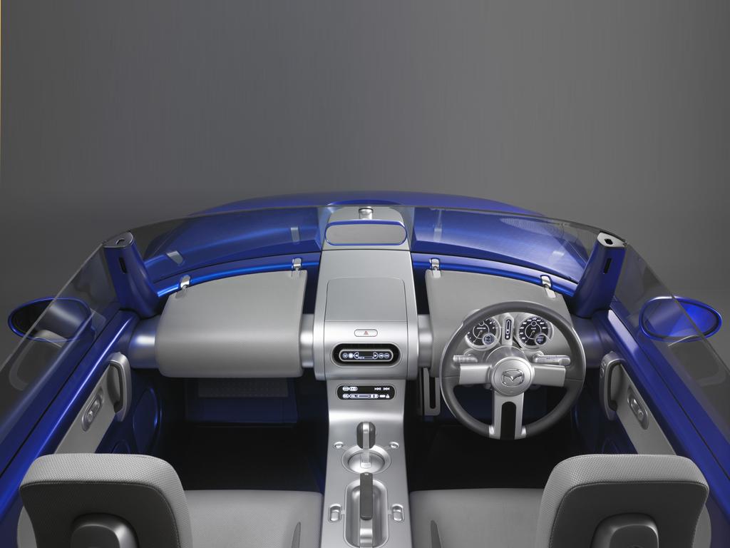 Mazda Ibuki Interior_2