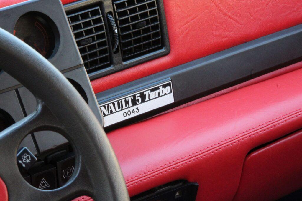 R5 Turbo interior Red Rouge rojo_2