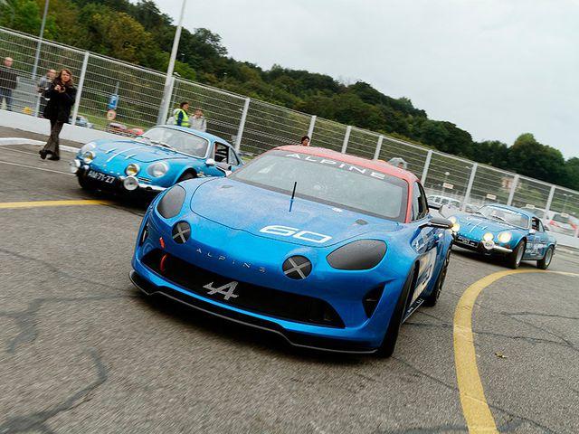 Alpine Celebration Race Car Concept_4