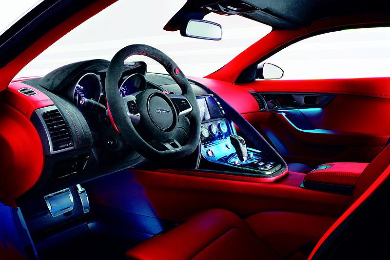 Jaguar CX-16 Concept_interior
