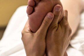 REFLEX foot-massage-2277450_1280