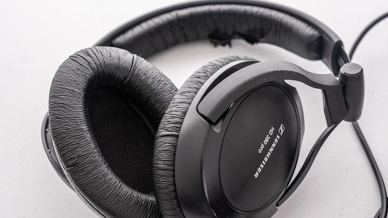 Sennheiser-HD380-Pro headphones
