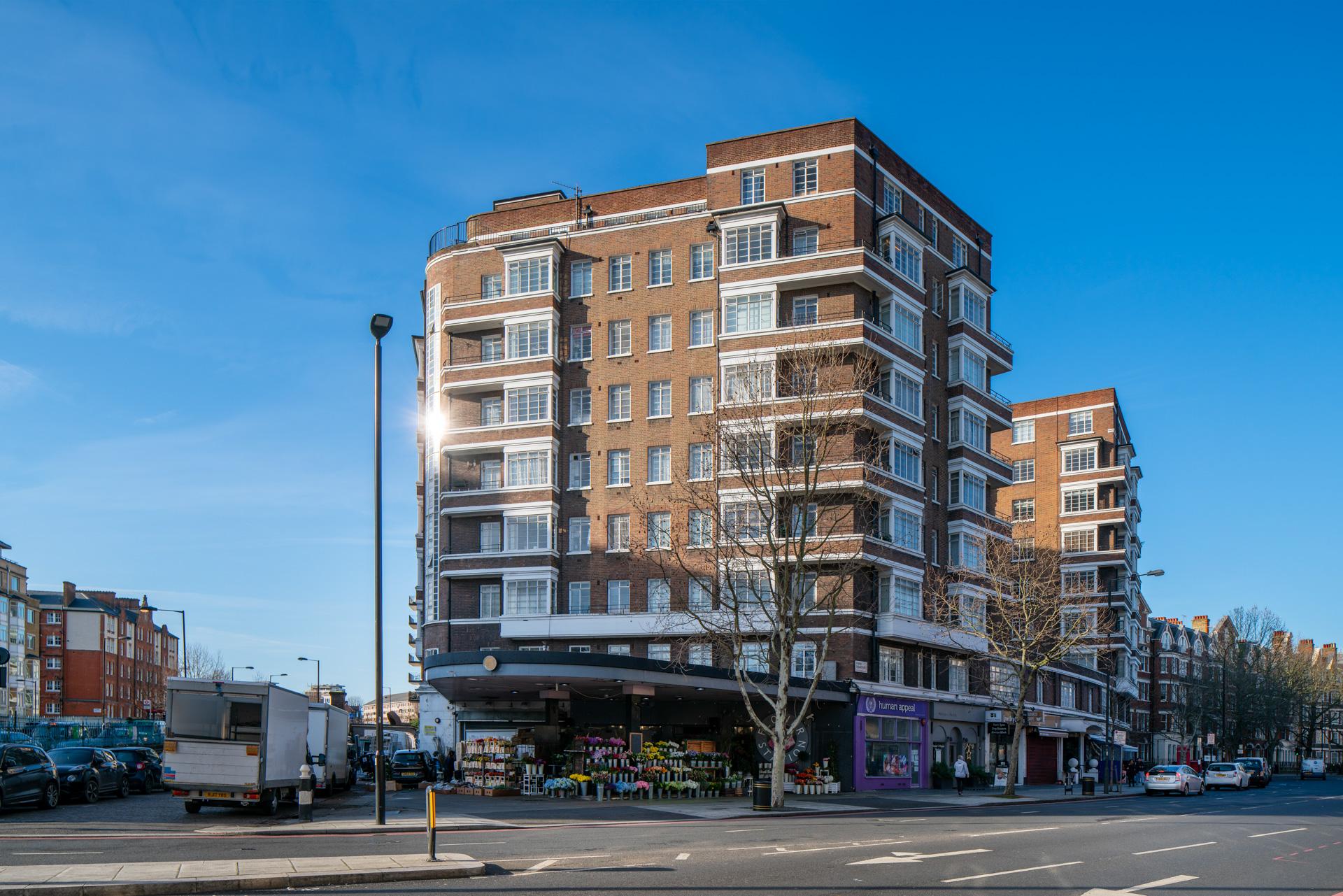 Rossmore Court, Park Road, Regents Park, NW1