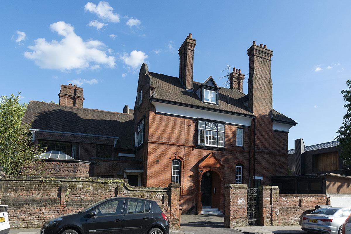 Netherhall Gardens, Hampstead, London NW3