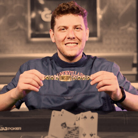 Ari Engel's Obsession With Omaha Results in a WSOP Championship Bracelet