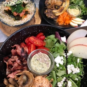 budha bowls and salads fresh ingredients