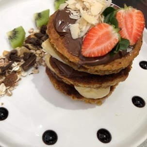 nutella pancake fresh fruits