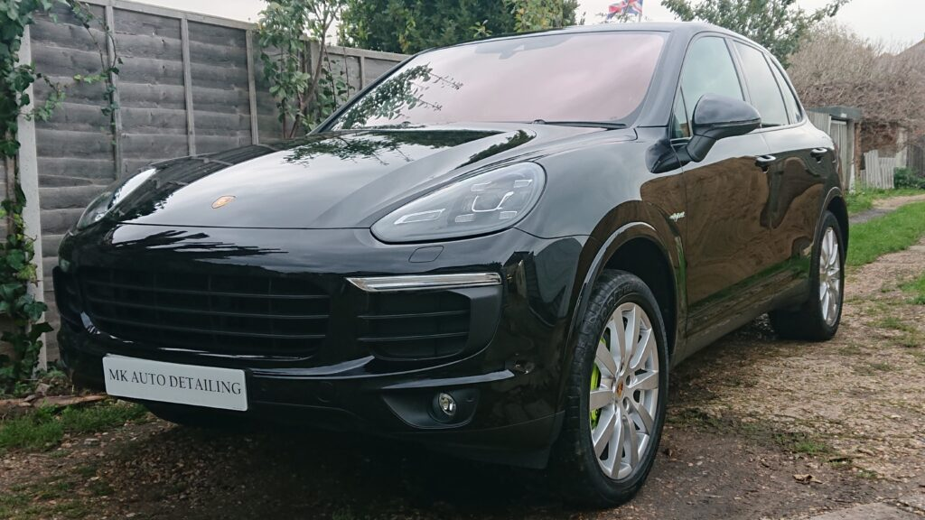 Porsche Cayenne Hybrid correction and wax