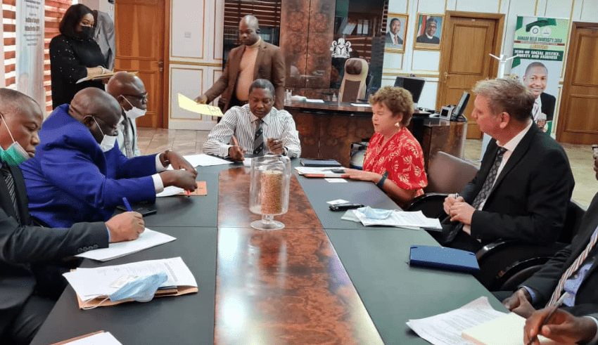 Nigeria and UK discuss Electoral Act Amendment, Petroleum Industry Bill and Twitter Ban