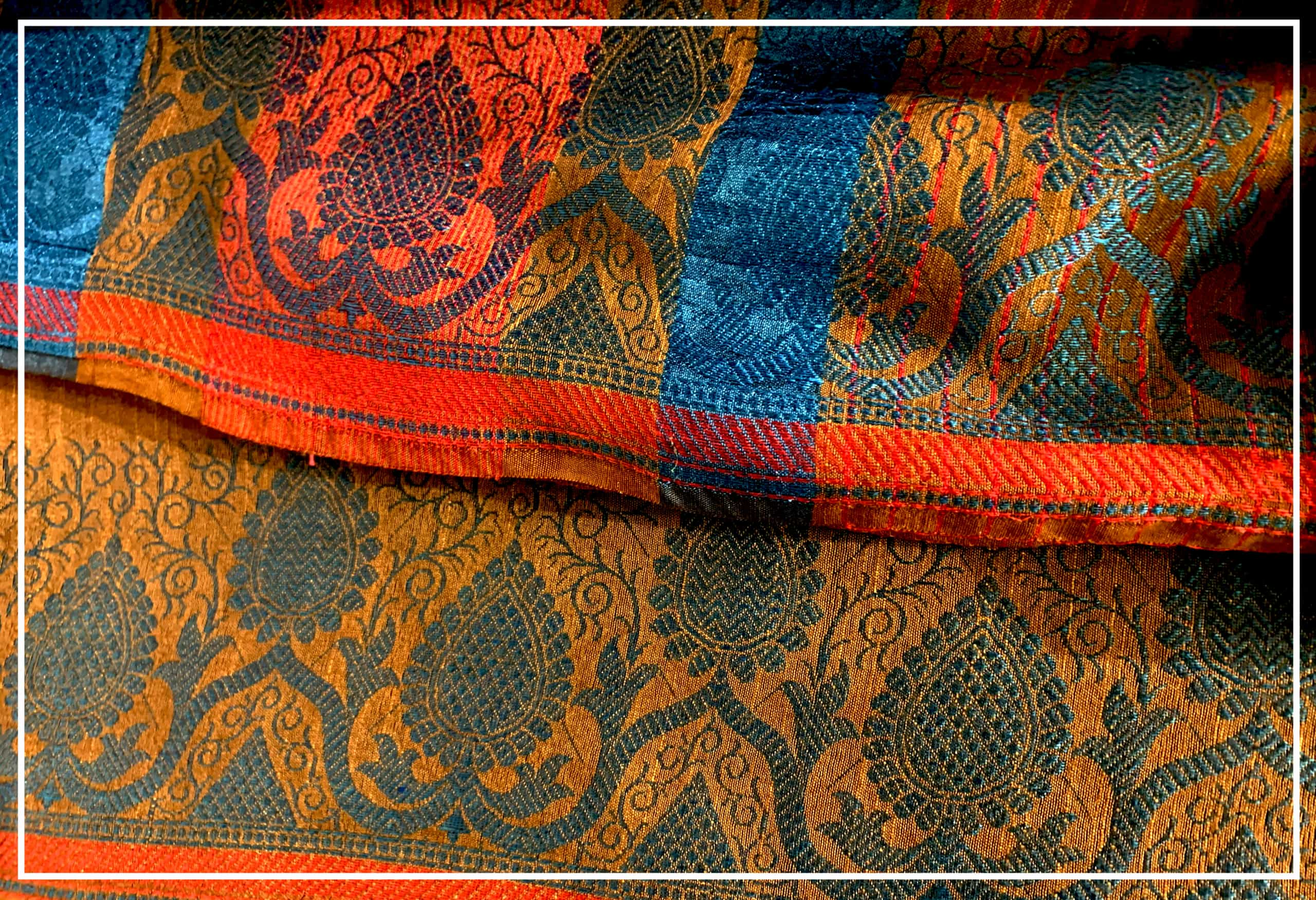What is Jacquard Weave? Get the best Jacquard Sarees