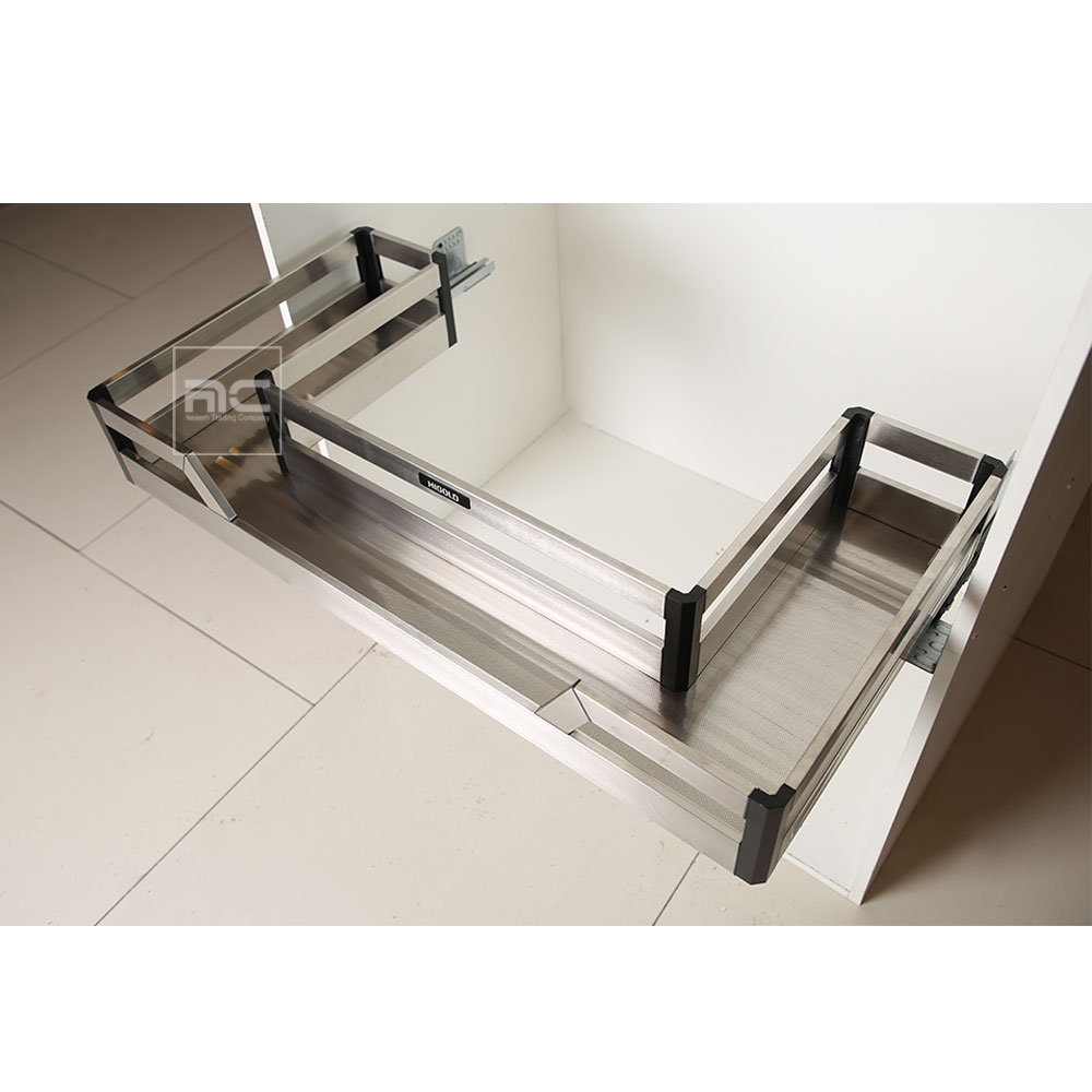 Sink pull out basket