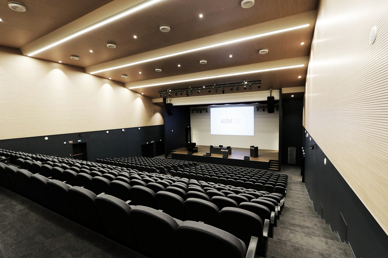 KIBOX-asm_auditorium-1