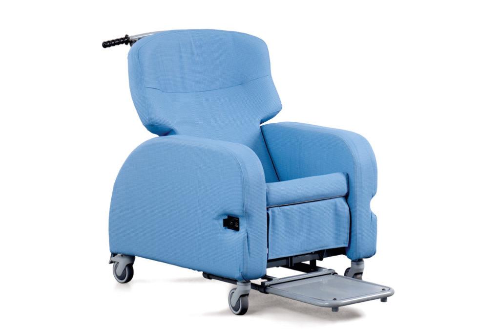 omega-sliding-footrest-1024x681 (1)