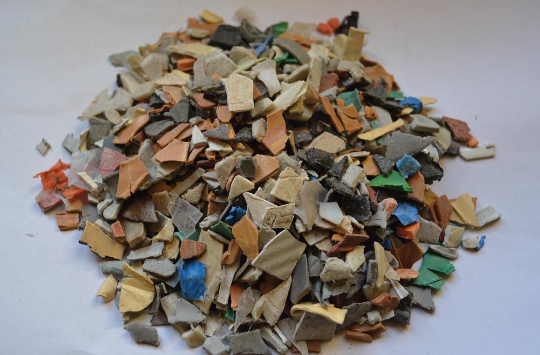 PVC REGRIND BY PVC RECYCLING VEGHEL - www.pvc-recycling.eu