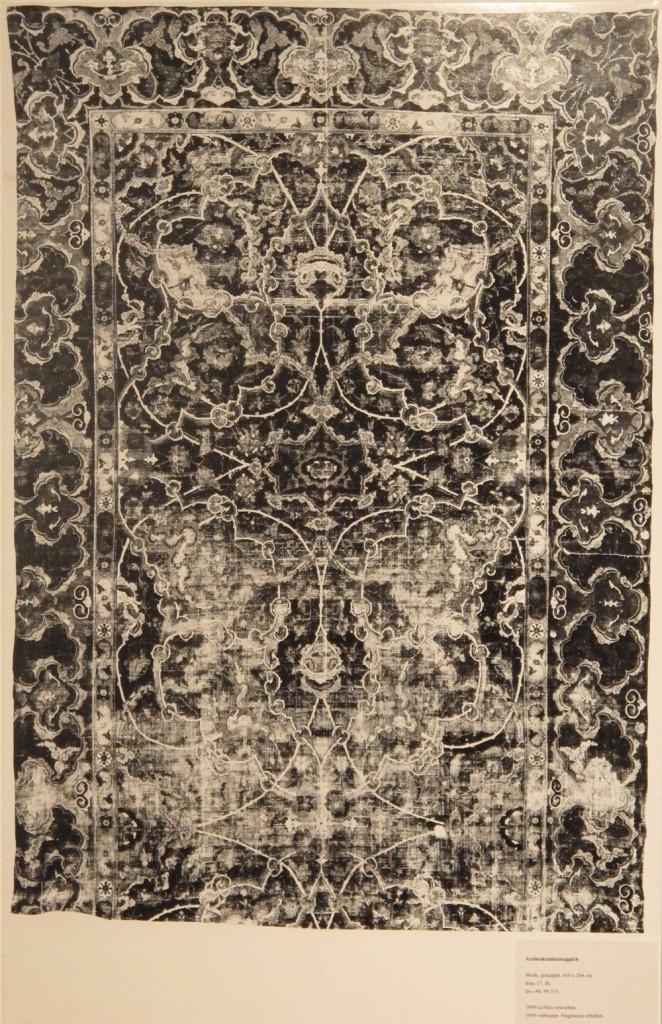 Inv. Nr. KGM 99,315. East Persian carpet (410 x 294 cm), seventeenth century. Acquired 1899 in Paris.