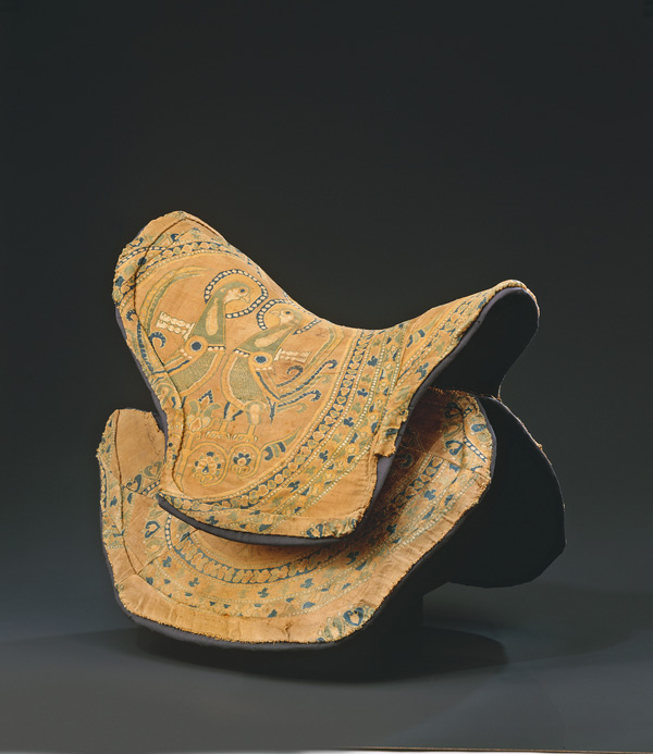 Saddle cover, Central Asia, late 8th–mid-9th century ©Abegg-Stiftung, CH-3132 Riggisberg (photo: Christoph von Viràg)