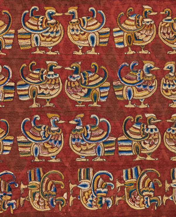 Silk damask with embroidered ducks, Central Asia, 7th–8th century Textiles from the regions along the Silk Road play an important role in the newly furnished permanent exhibition. This red silk was woven in China and embroidered in Central Asia with stylised duck motifs that may be traced back to Persian prototypes, thus documenting the exchange of goods and motifs between east and west. ©Abegg-Stiftung, CH-3132 Riggisberg (photo: Christoph von Viràg)