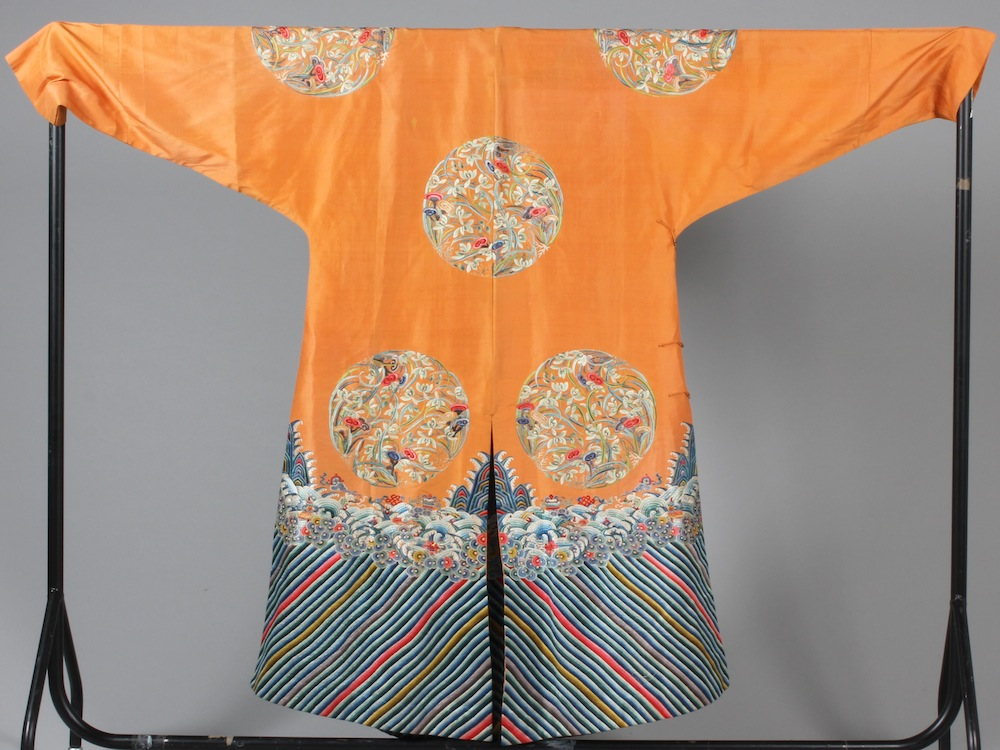 chinese robe lrg copy