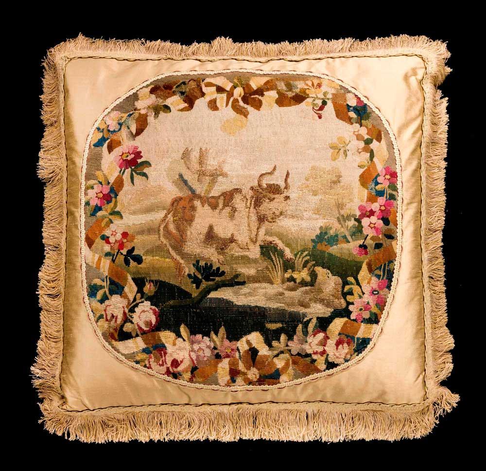 1CUSHION--EARLY-18TH-CENTURY-WOOL-C.-1720,-FRANCE