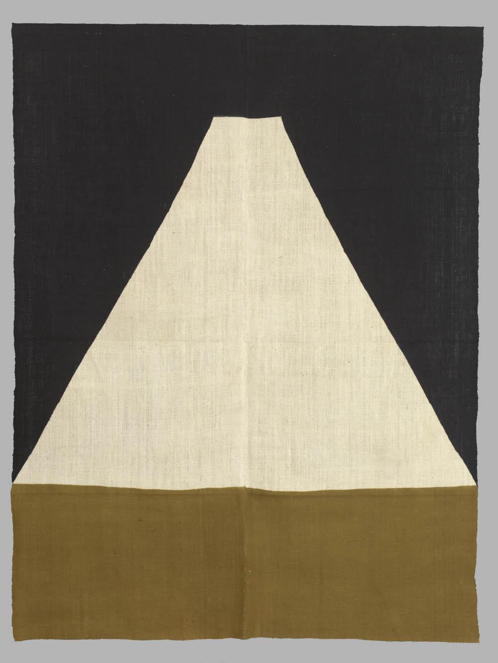 'Mount Fuji', 2011, dyed cotton, 157 x 120 cm, Don Samirō Yunoki, 2013 - MA 12614, © Paris, RMN - Grand Palais (Musée Guimet, Paris) / Thierry Ollivier