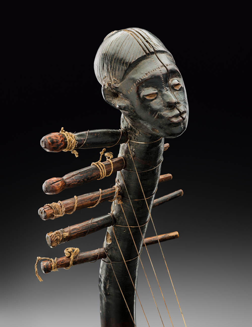 BRAFA, Claes Gallery, Zande harp, Democratic of the Congo