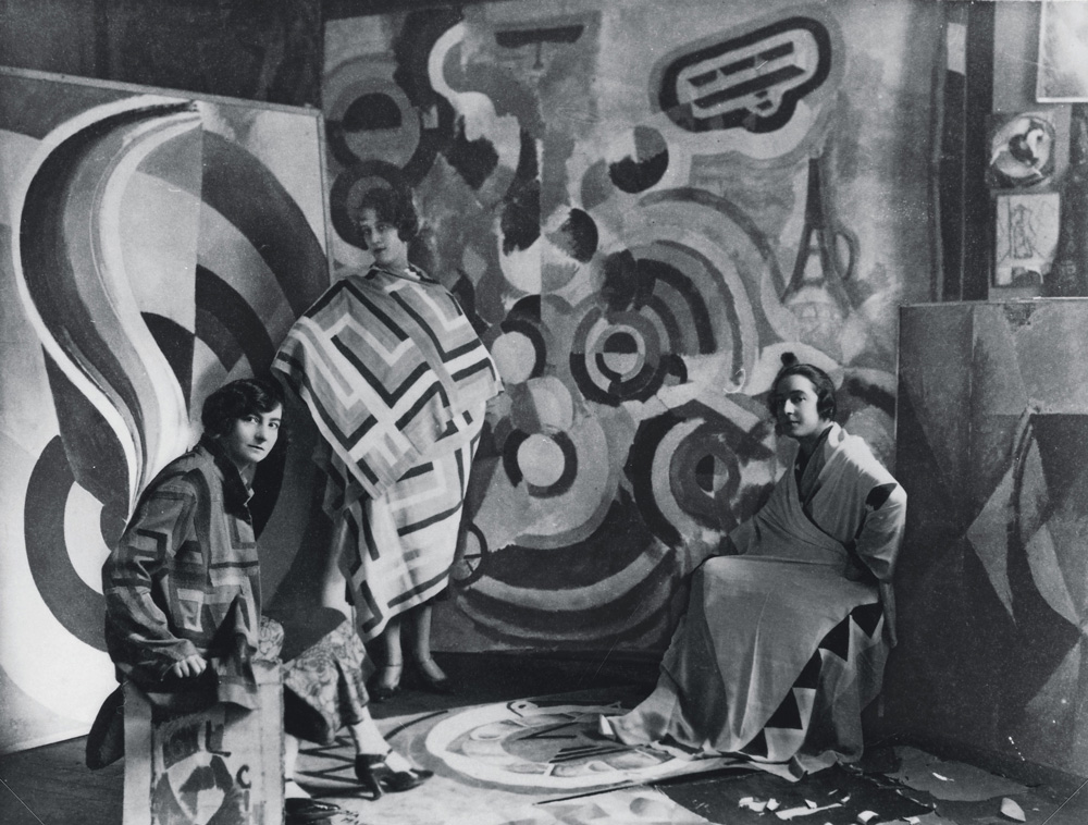 Sonia-Delaunay-and-two-friends