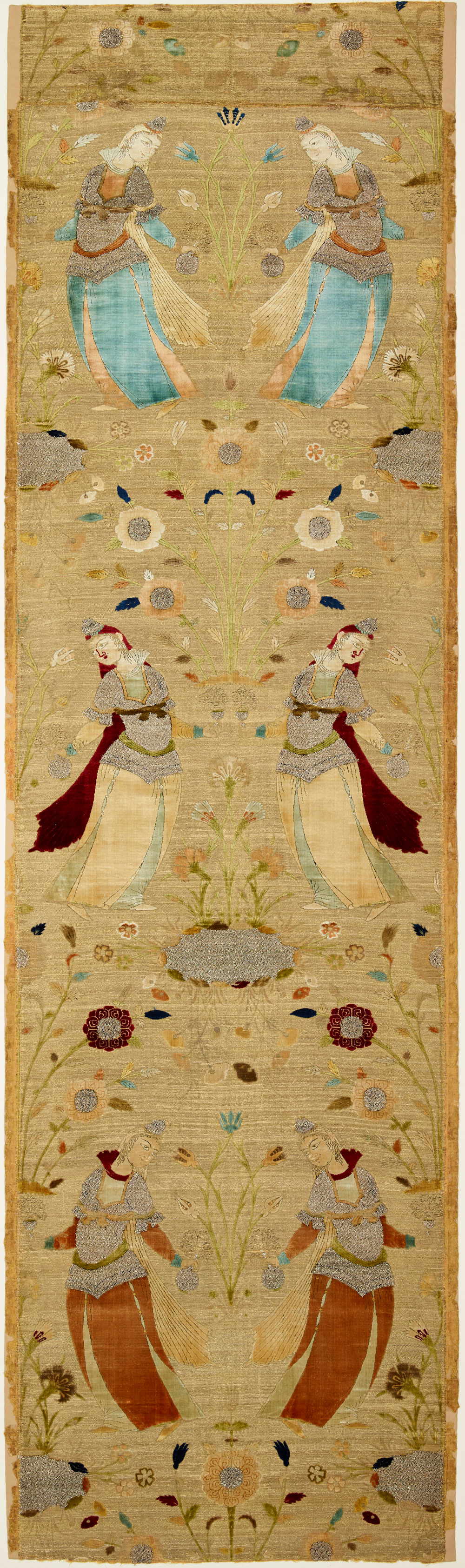 Textile fragment Iran, Isphahan (?), 17th–mid-17th century Velvet with ground brocade in gold Overall: 80 1/8 × 24 1/2 × 2 in. (2 m 3.52 cm × 62.23 cm × 5.08 cm) The Keir Collection of Islamic Art on loan to the Dallas Museum of Art, K.1.2014.621