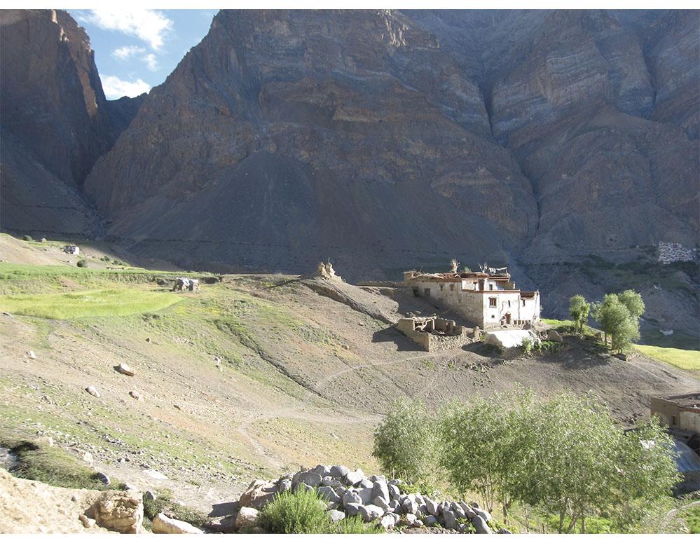 Lingshed village, enroute to Zanskar