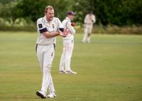 Matt-Woods-about-to-bowl