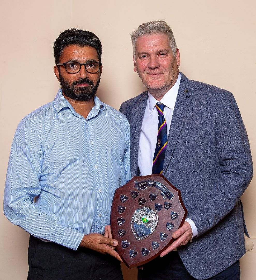 3rd-XI-Player-of-the-Year-Shams-UdDin-with-captain-Martin-Randall