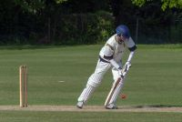 454767_Mike_Ilbery_batting