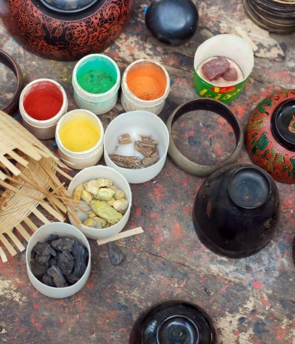 Visiting Bagan's Jasmine Family Lacquerware Workshop