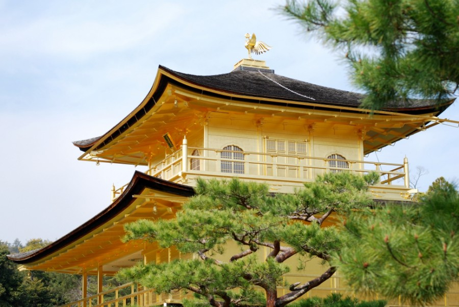 golden pavilion kinkakuji kyoto
