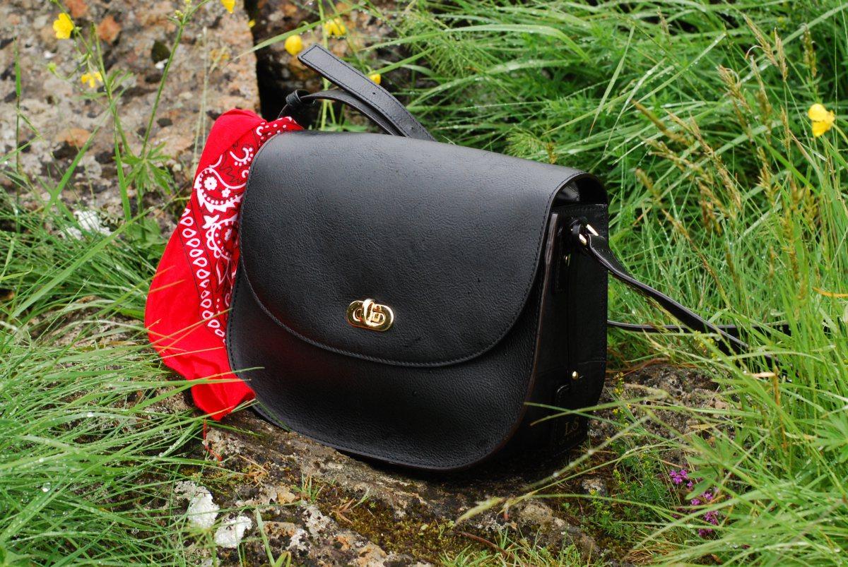 lo & sons camera bag