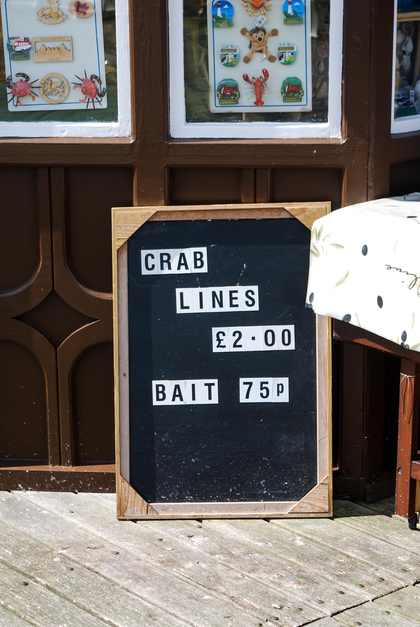 bangor-pier-crab-lines