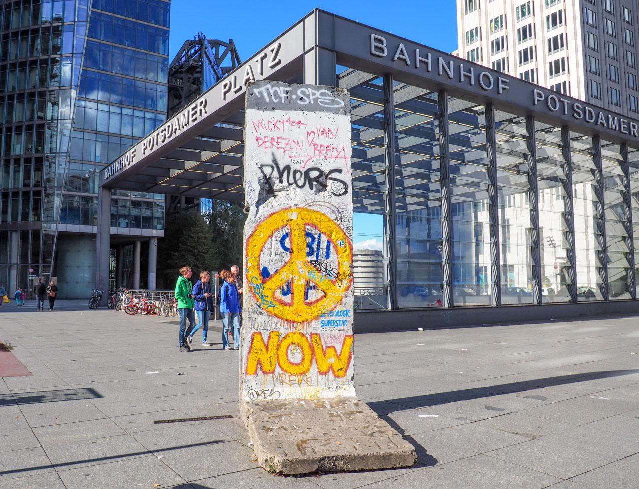 potsdamer platz berlin wall