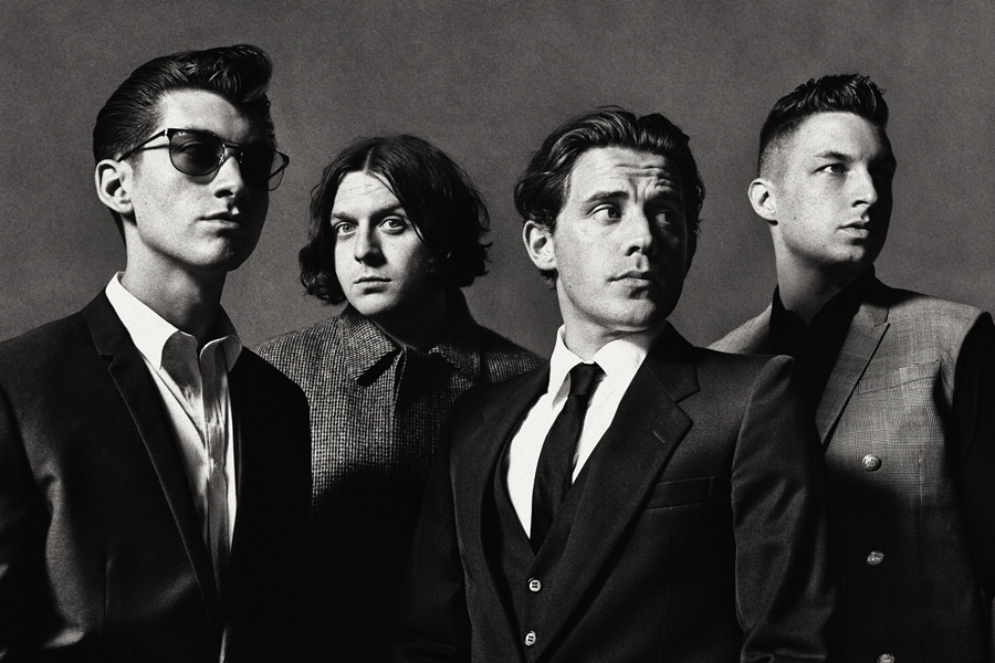 arctic monkeys in black and white