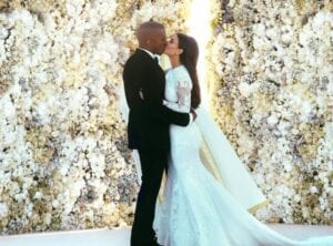 kim-kardashian-kanye-west-wedding-flower-wall