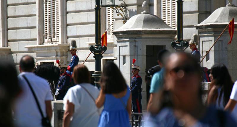 guardia real palacio real de Madrid