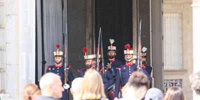 Relevo y Cambio de Guardia en el Palacio Real