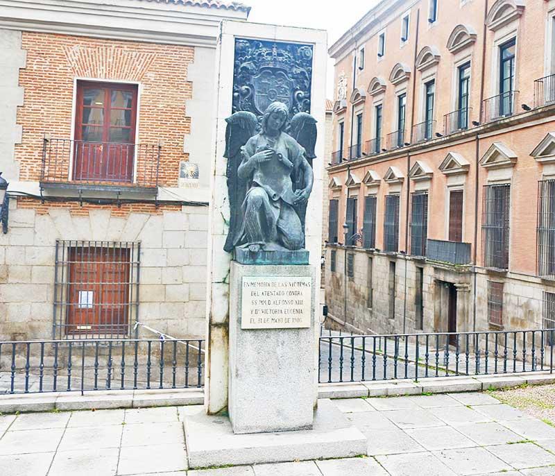 Monumento a las victimas del atentado contra Alfonso XIII