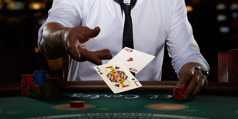 Live Dealer Blackjack From Casino.com